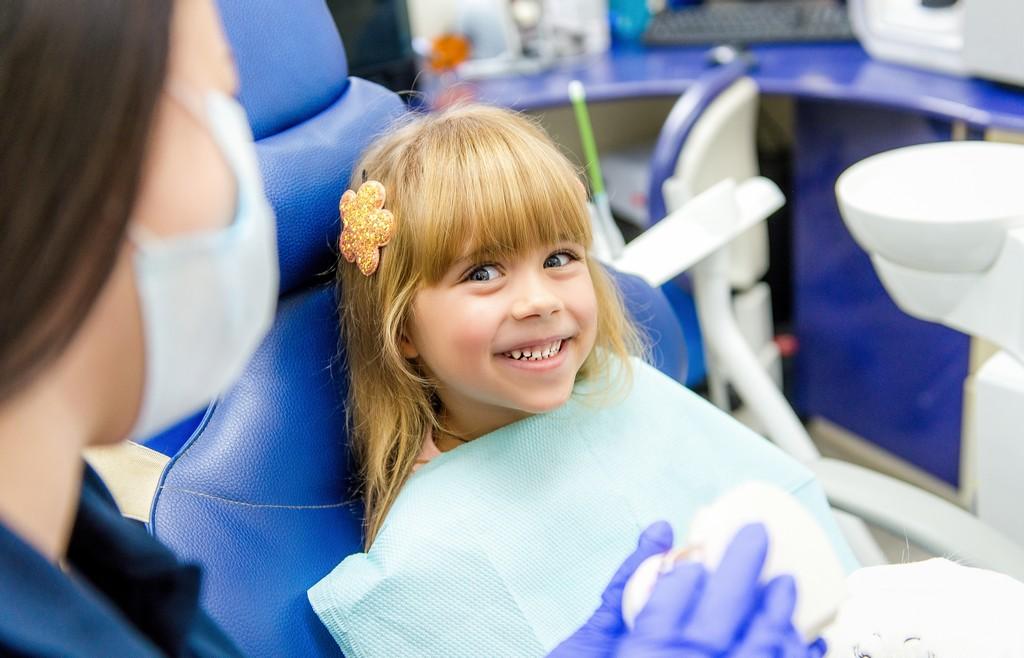 sigillare denti bambino dentista
